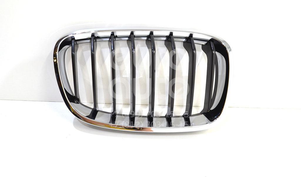 Решетка радиатора правая для BMW 1-серия F20/F21 2011> - Фото №1