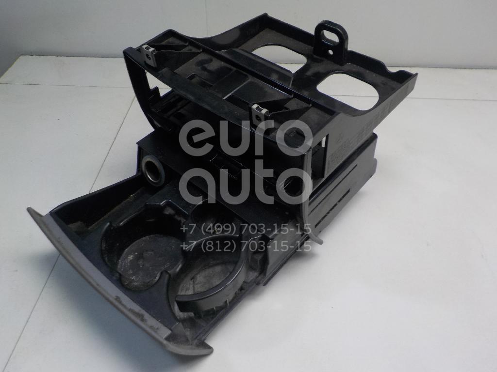 Подстаканник Mercedes Benz Sprinter (906) 2006-; (9068100028)  - купить со скидкой