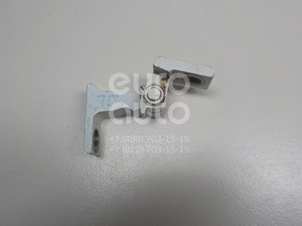 Купить Петля двери Skoda Rapid 2013-; (8K0831402A)