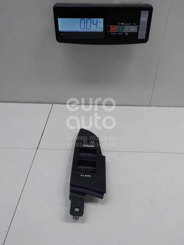 Купить Накладка блока управления стеклоподъемниками Toyota Corolla E18 2013-; (7423202E40C0)