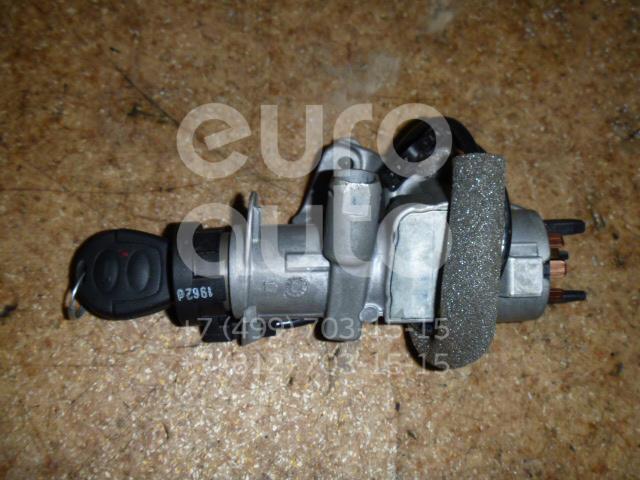 Замок зажигания для Seat,Audi,Skoda,VW Alhambra 2001-2010;A3 (8L1) 1996-2003;A8 1994-1998;TT(8N) 1998-2006;Octavia (A4 1U-) 2000-2011;Leon (1M1) 1999-2006;Toledo II 1999-2006;Octavia 1997-2000;Golf IV/Bora 1997-2005;A4 [B6] 2000-2004 - Фото №1