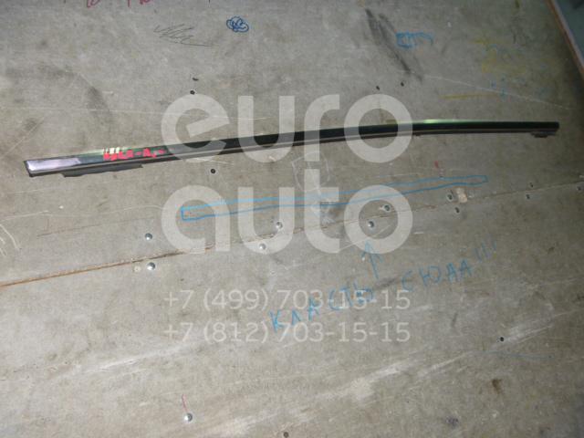 Накладка стекла переднего правого для Ford Kuga 2008-2012 - Фото №1