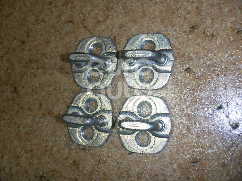 Ответная часть замка двери для Infiniti EX/QX50 (J50) 2008> - Фото №1