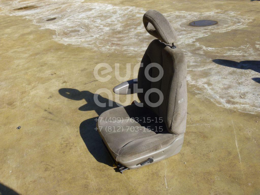 Сиденье переднее правое для Chrysler Voyager/Caravan (RG) 2001-2008 - Фото №1