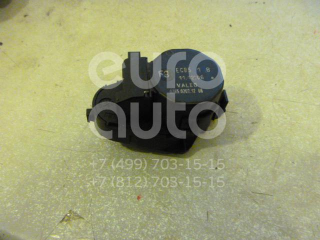 Моторчик заслонки отопителя для Land Rover Range Rover III (LM) 2002-2012 - Фото №1