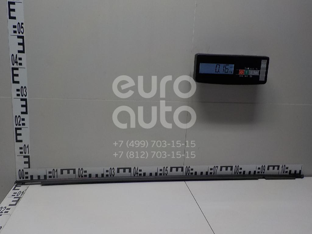 Накладка стекла переднего левого для Toyota CorollaVerso 2004-2009 - Фото №1