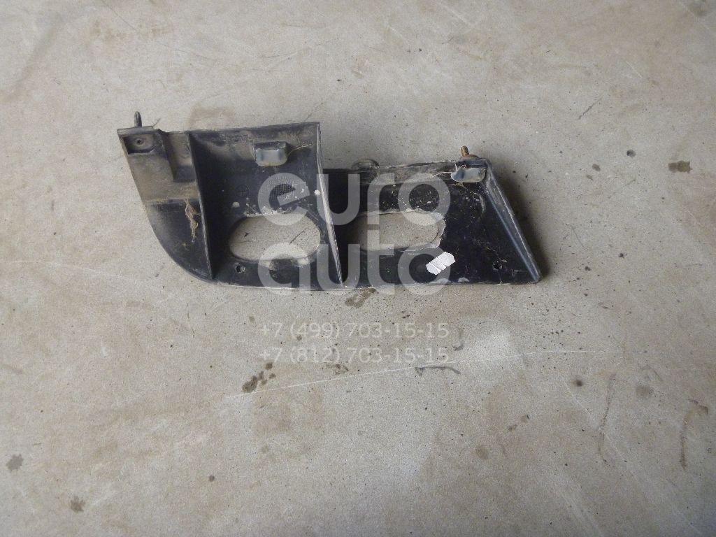 Направляющая заднего бампера правая для Ford Focus I 1998-2004 - Фото №1