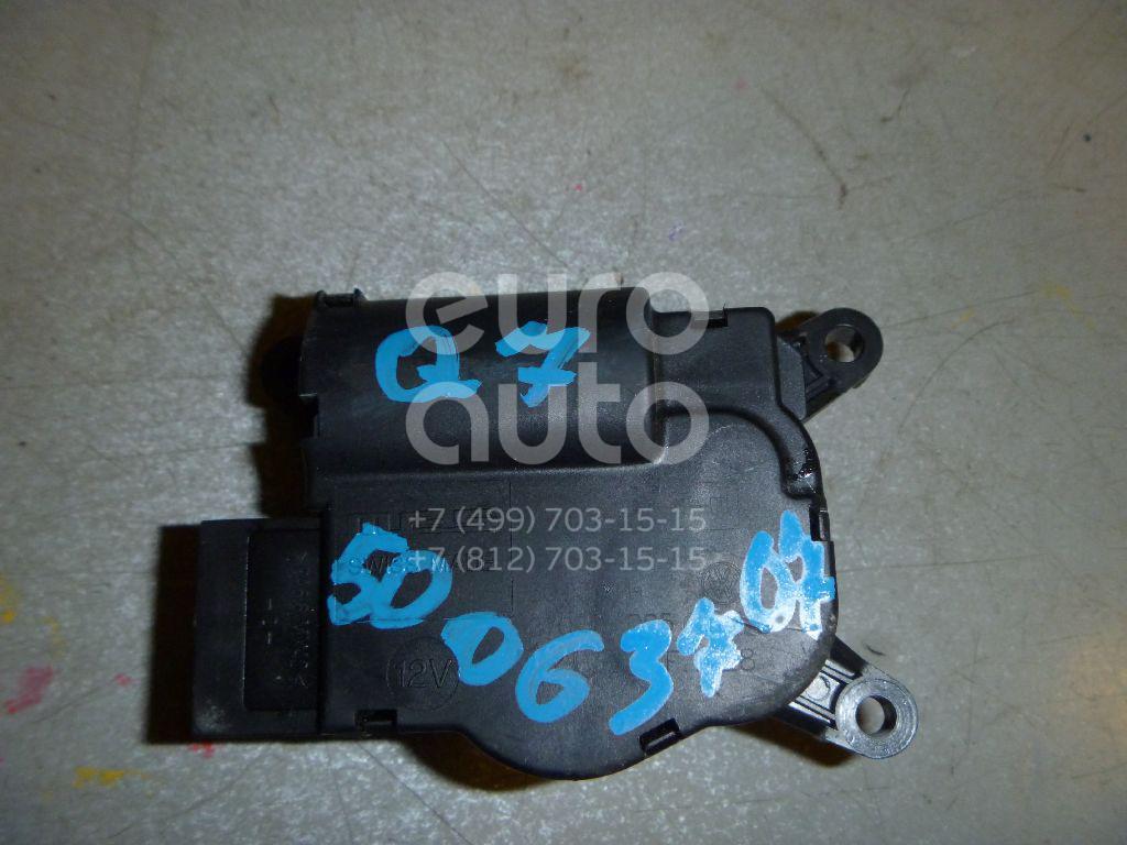 Моторчик заслонки отопителя для AUDI,VW Q7 [4L] 2005-2015;Touareg 2002-2010;Transporter T5 2003-2015 - Фото №1