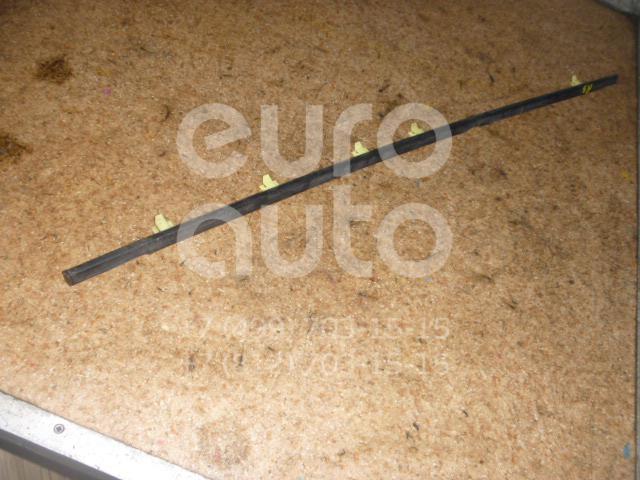 Накладка стекла заднего правого для Toyota RAV 4 1994-2000 - Фото №1