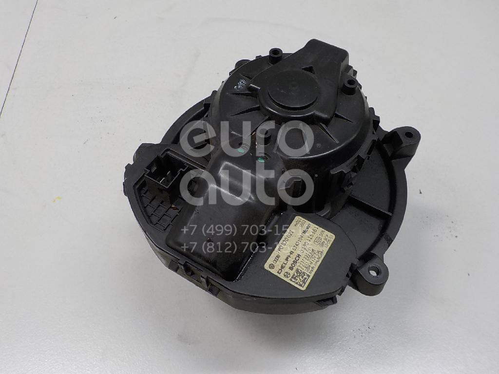 Купить Моторчик отопителя VW Touareg 2010-; (7P0820022)