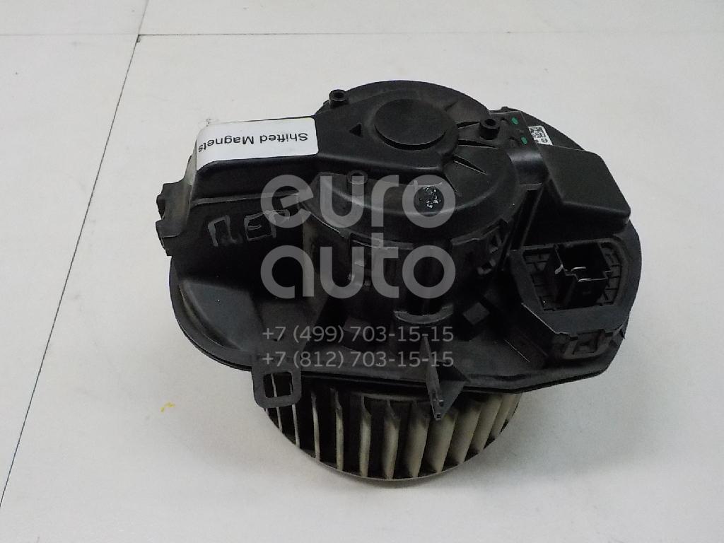 Купить Моторчик отопителя VW Touareg 2010-; (7P0820021B)