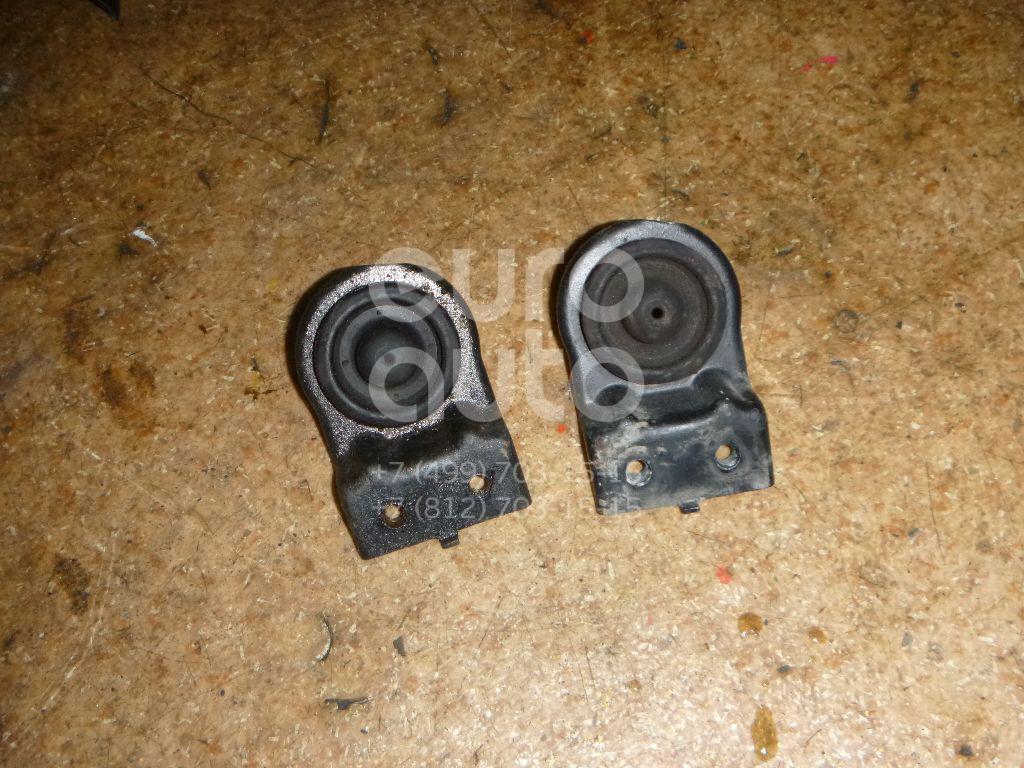 Кронштейн радиатора для Kia Ceed 2007-2012 - Фото №1