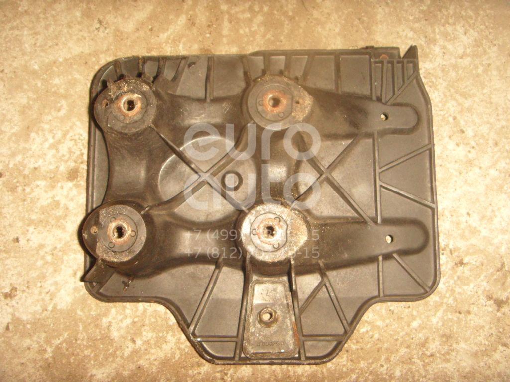 Крепление АКБ (корпус/подставка) для VW Octavia 1997-2000;A3 (8L1) 1996-2003;Toledo II 1999-2006;Golf IV/Bora 1997-2005 - Фото №1