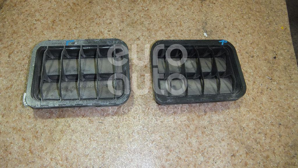 Решетка вентиляционная для Mercedes Benz W203 2000-2006;R171 SLK 2004-2011 - Фото №1
