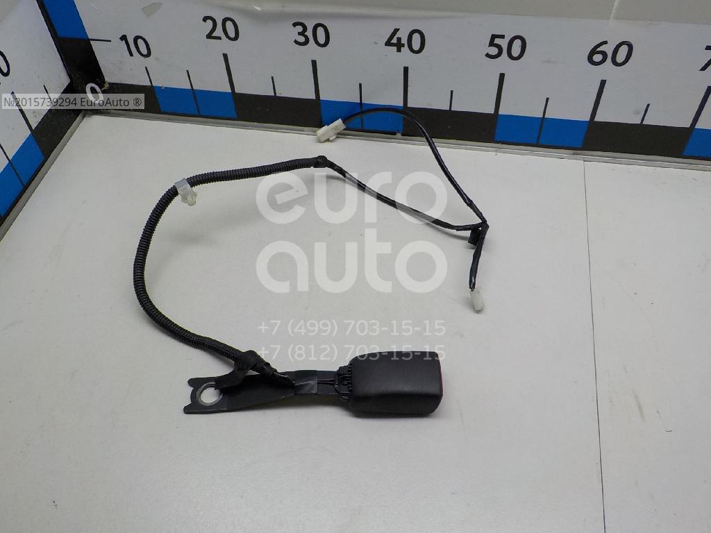 Ответная часть ремня безопасности для Toyota CorollaVerso 2004-2009 - Фото №1