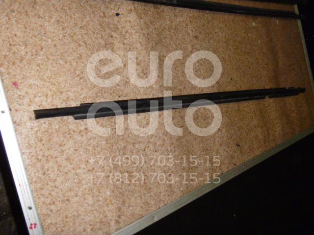 Накладка стекла заднего правого для Toyota Verso 2009> - Фото №1