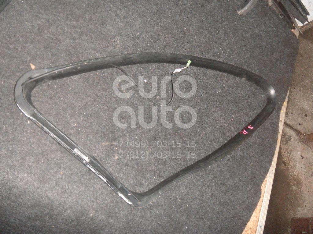 Уплотнитель форточки правой для Mercedes Benz W251 R-Klasse 2005> - Фото №1