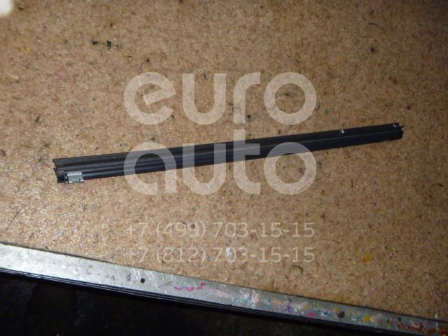Накладка стекла заднего правого для Land Rover Freelander 2 2007-2014 - Фото №1