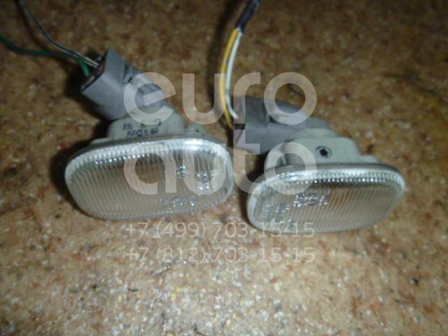 Повторитель на крыло белый для Toyota RX 300/330/350/400h 2003-2009;Corolla E11 1997-2001;Corolla E12 2001-2006 - Фото №1