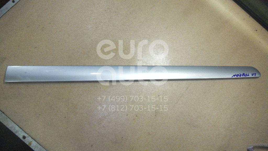 Купить Молдинг передней левой двери VW Touran 2003-2010; (1T0853515H)