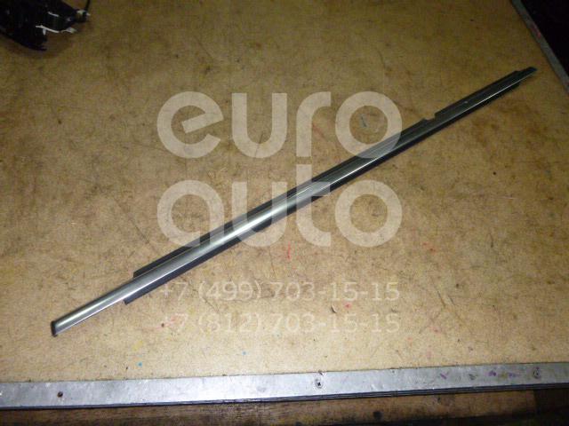 Накладка стекла заднего левого VW Tiguan 2007-2011; (5N0839475D3Q7)
