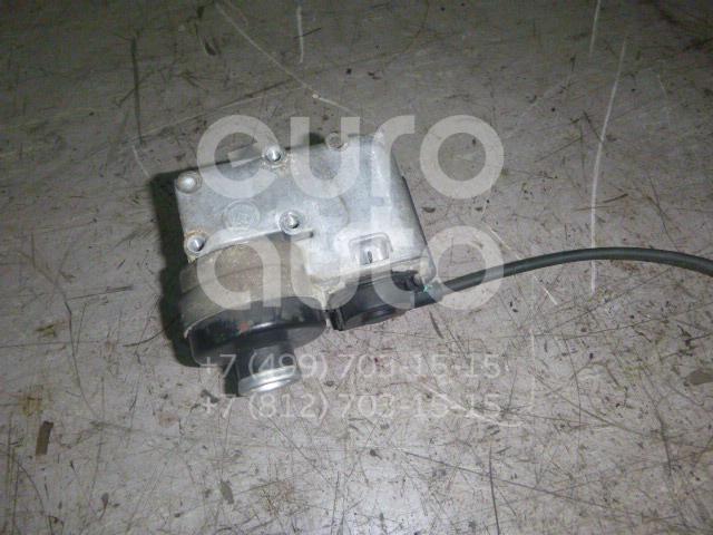 Моторчик привода круиз контроля Ford America Escape 2001-2006; (YL8F9C735EE)