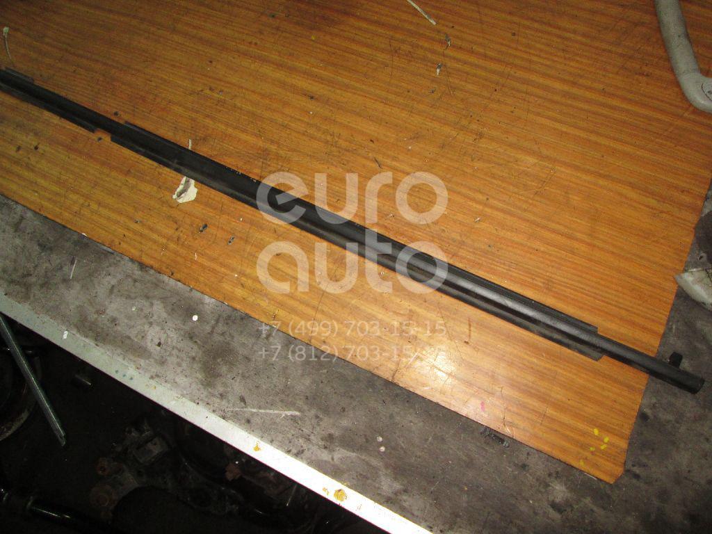 Накладка стекла заднего левого Toyota Land Cruiser (150)-Prado 2009-; (7572260071)