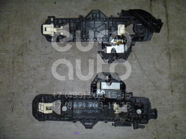 Купить Кронштейн ручки Mercedes Benz GLK-Class X204 2008-2015; (2047602434)