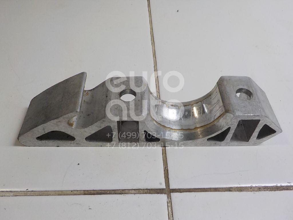 Купить Кронштейн крепления переднего стабилизатора VW Touareg 2010-; (7L0411063B)