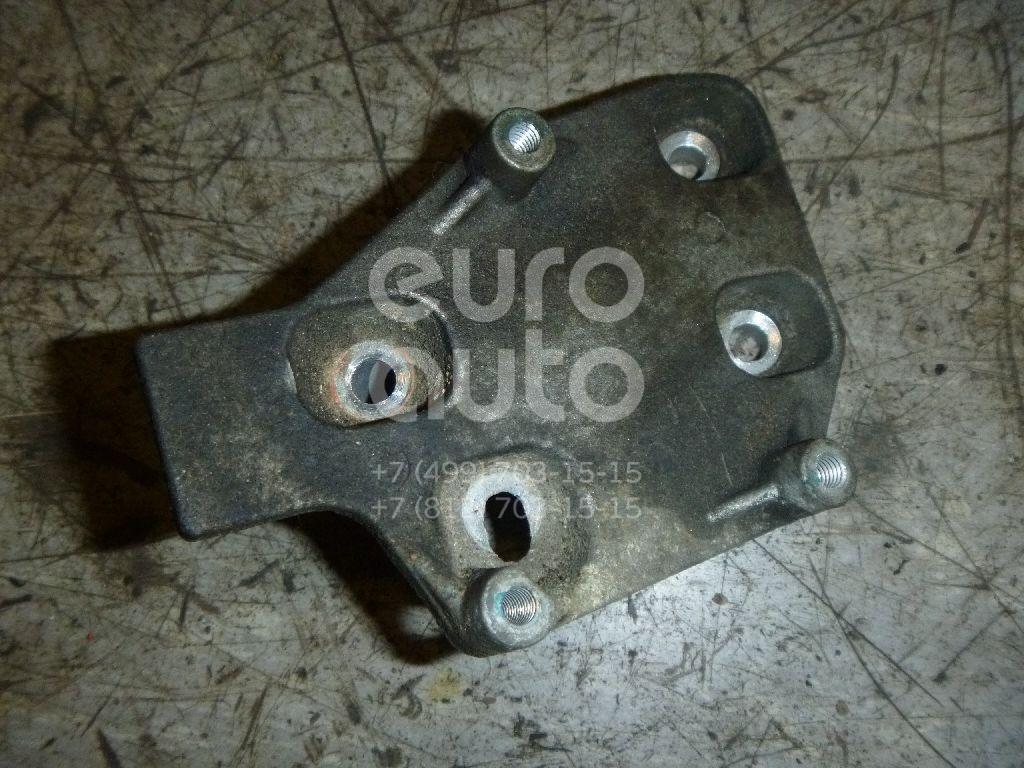 Купить Кронштейн (сопут. товар) VW Golf IV/Bora 1997-2005; (06A903103B)