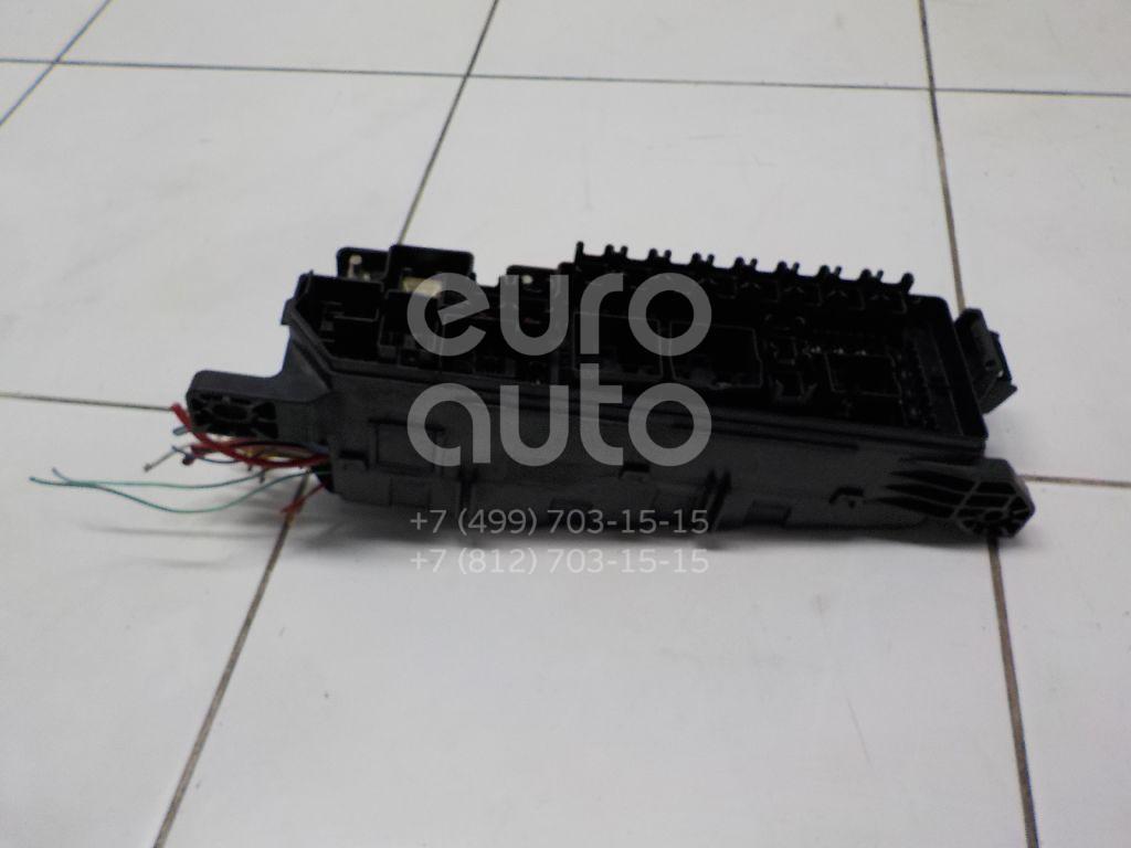 Блок предохранителей Mazda MPV II (LW) 1999-2006; (LD4766760)