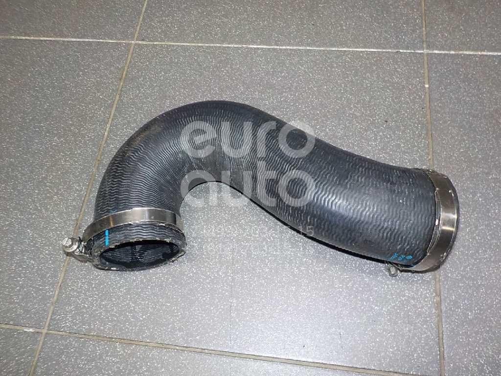 Купить Патрубок интеркулера VW Touareg 2010-; (7P0145972D)