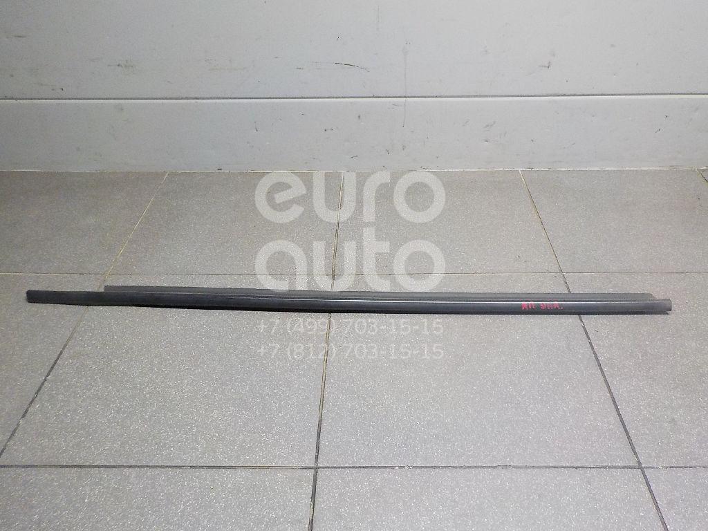 Купить Накладка стекла переднего правого Toyota Yaris 2011-; (681600D150)