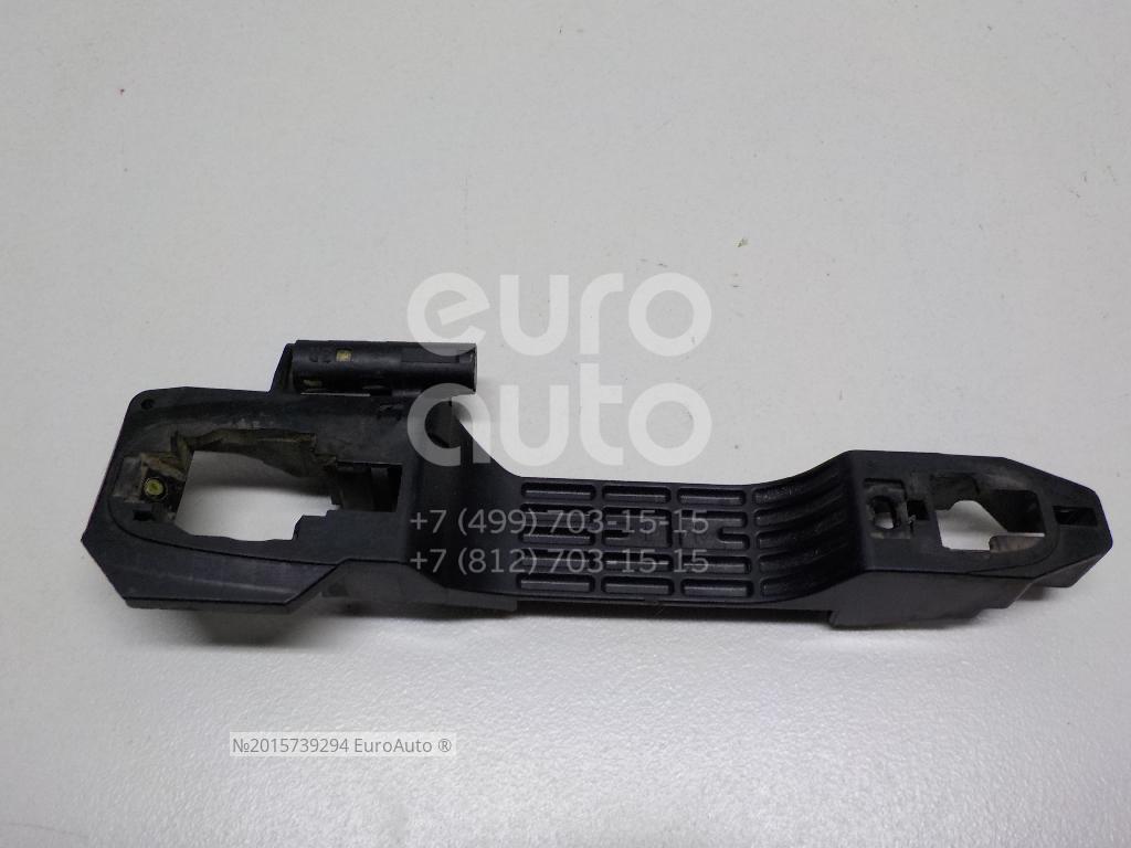 Кронштейн ручки Toyota Camry V30 2001-2006; (69201AA010)  - купить со скидкой