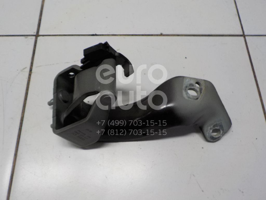 Петля двери багажника Audi Allroad quattro 2006-2012; (4F9827299D)