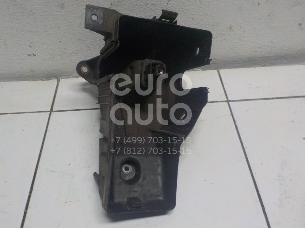 Купить Корпус блока предохранителей Toyota RAV 4 2000-2005; (8267442010)