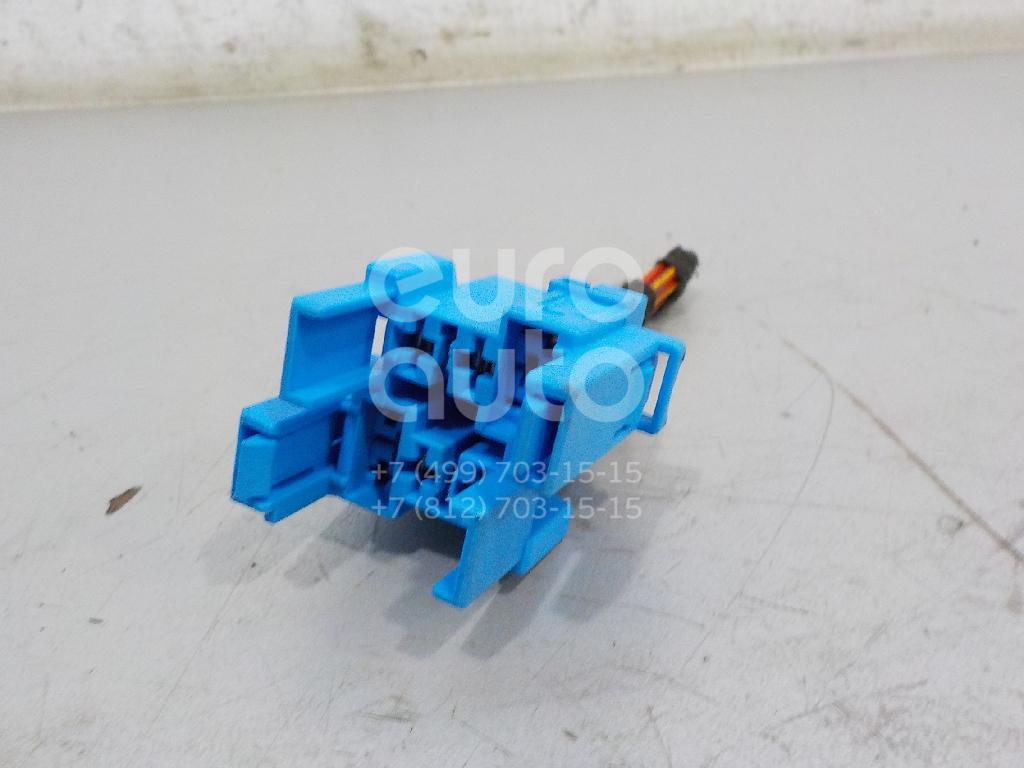 Купить Разъем VW Jetta 2011-; (4H0937529)
