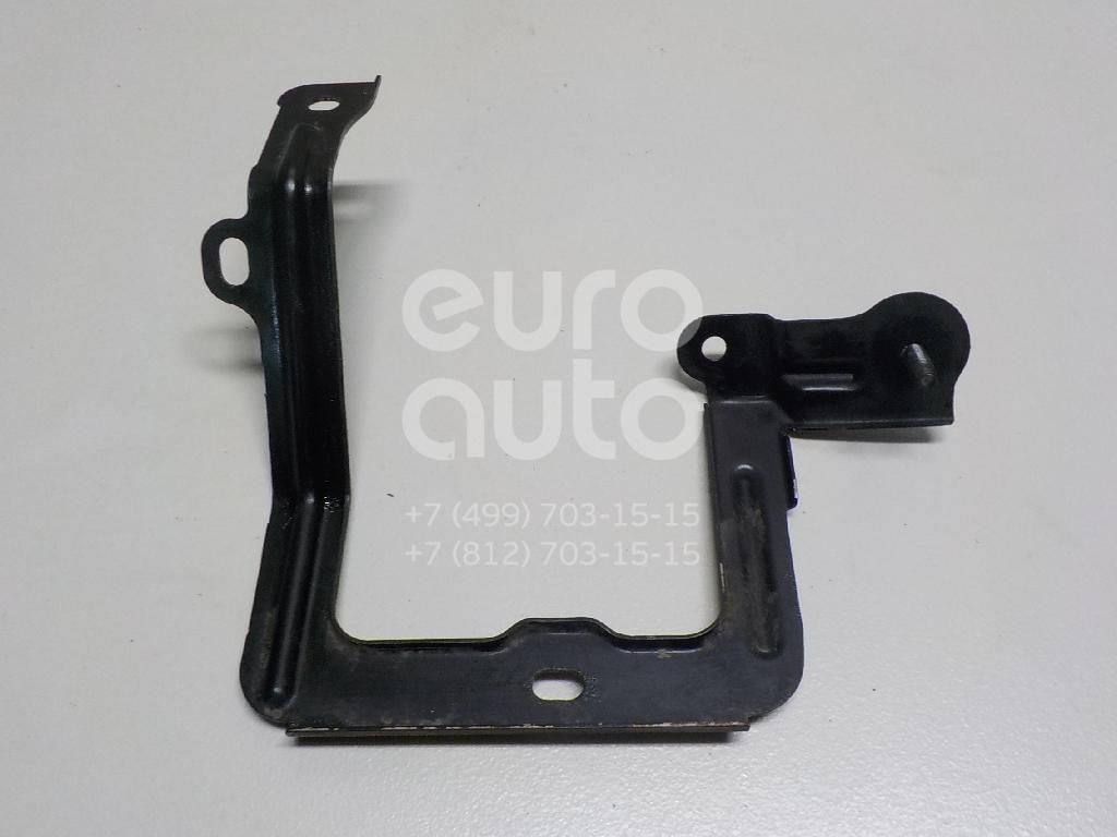 Купить Кронштейн (сопут. товар) Toyota Highlander III 2013-; (8271548A20)
