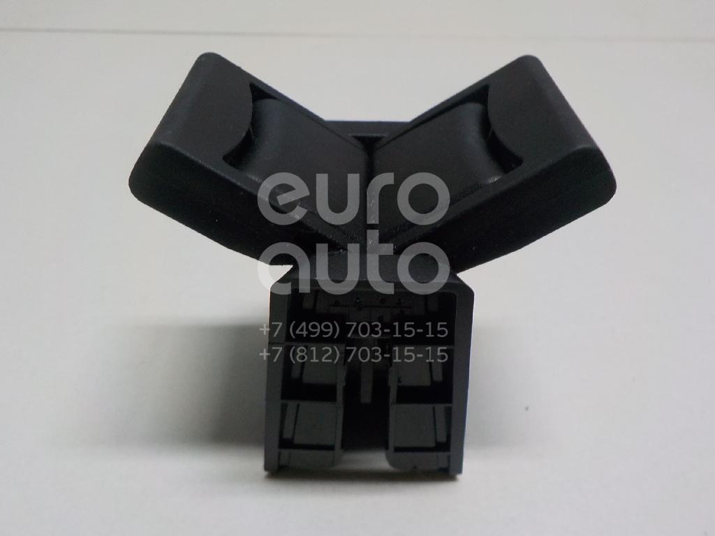 Купить Кронштейн (сопут. товар) Toyota Highlander III 2013-; (556180E170C0)