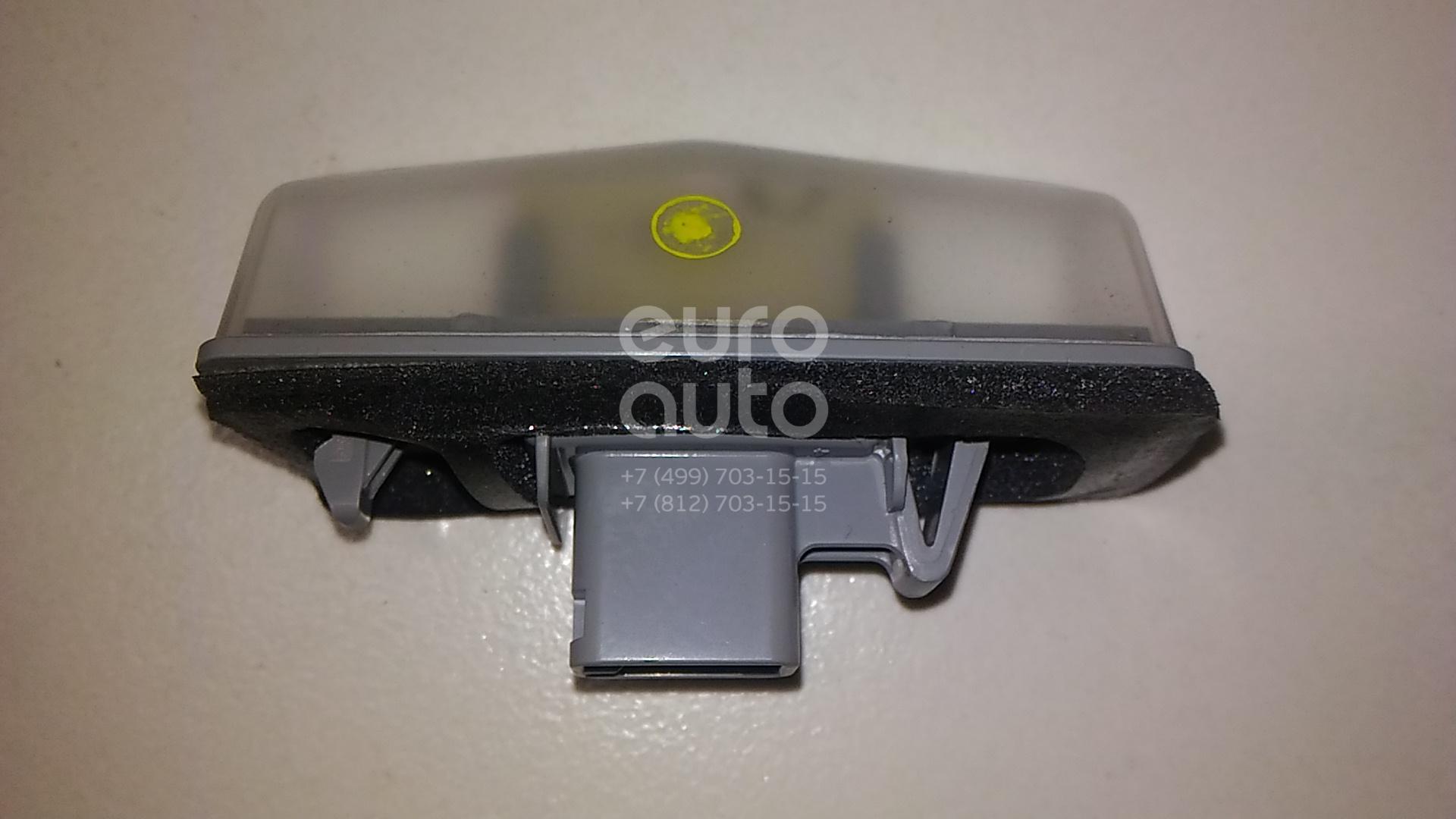Фонарь подсветки номера Lexus NX 200/300H 2014-; (8127076010)