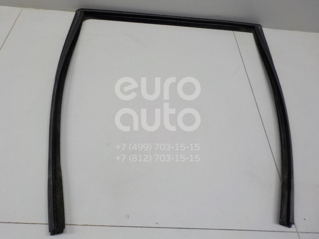 Уплотнитель стекла двери Land Rover Freelander 2 2007-2014; (LR006537)  - купить со скидкой