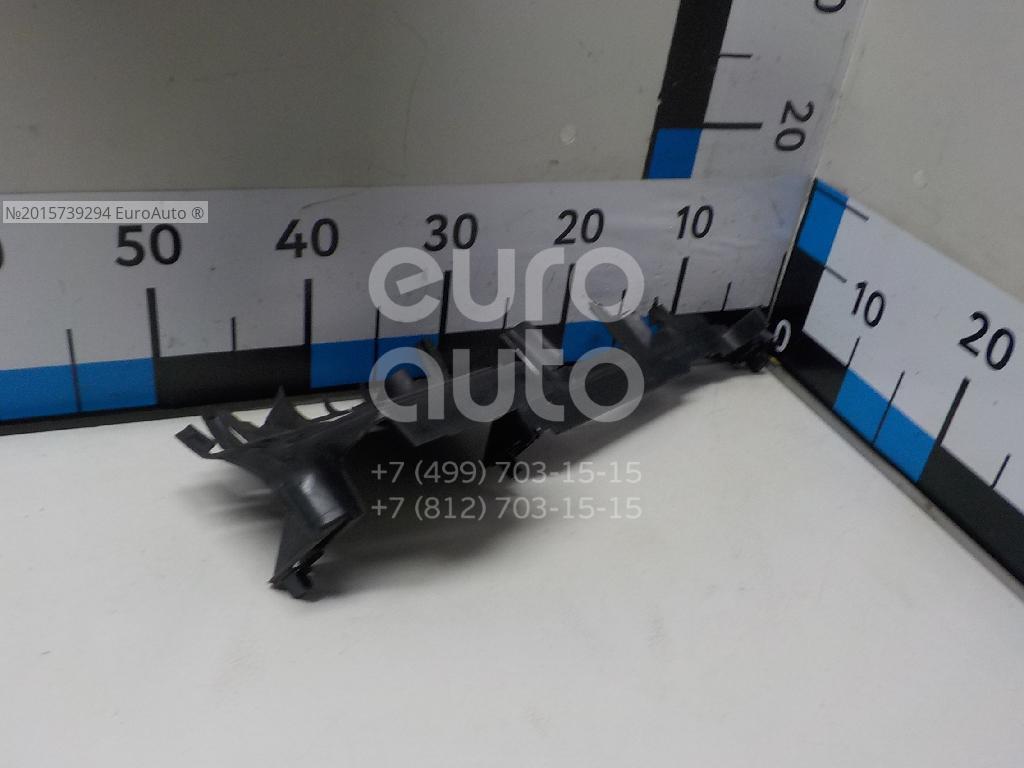 Купить Воздуховод радиатора правый VW Golf VII 2012-; (5G0121284N)