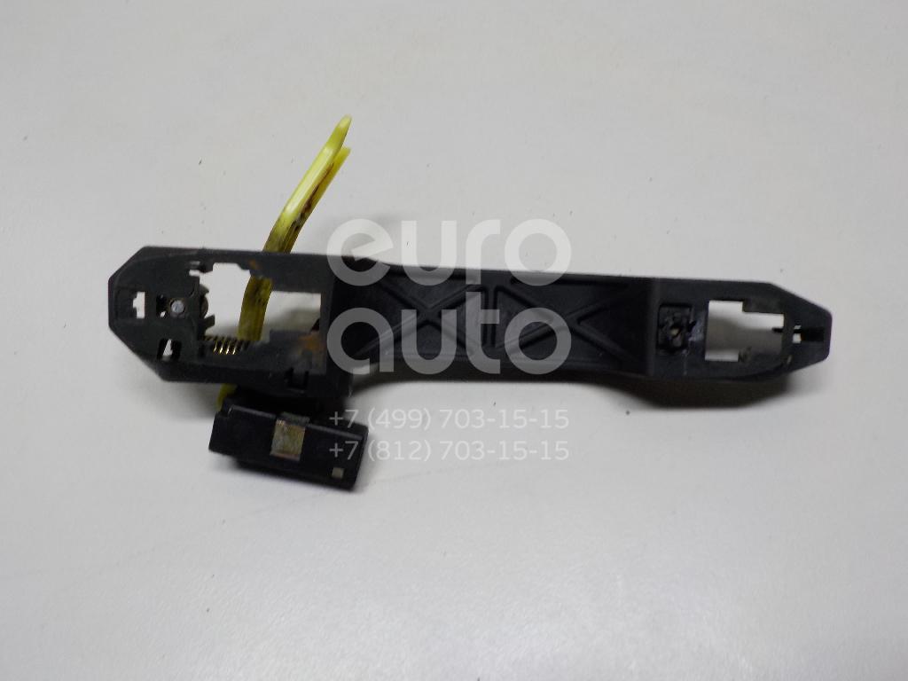 Купить Кронштейн ручки Toyota Camry V30 2001-2006; (6920433010)