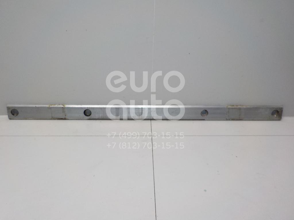 Купить Усилитель пола Mercedes Benz W204 2007-2015; (2046190325)