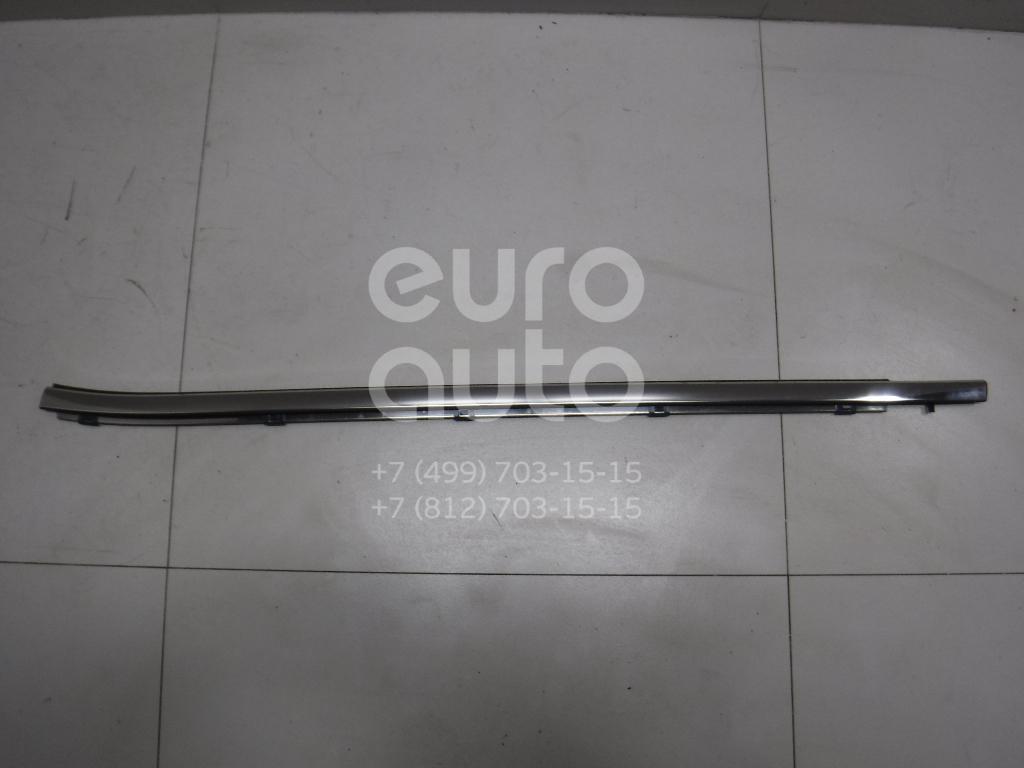 Накладка стекла переднего левого Toyota Highlander III 2013-; (757200E070)