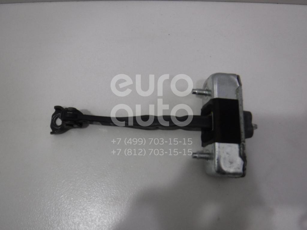 Купить Ограничитель двери Toyota Highlander III 2013-; (686100E060)