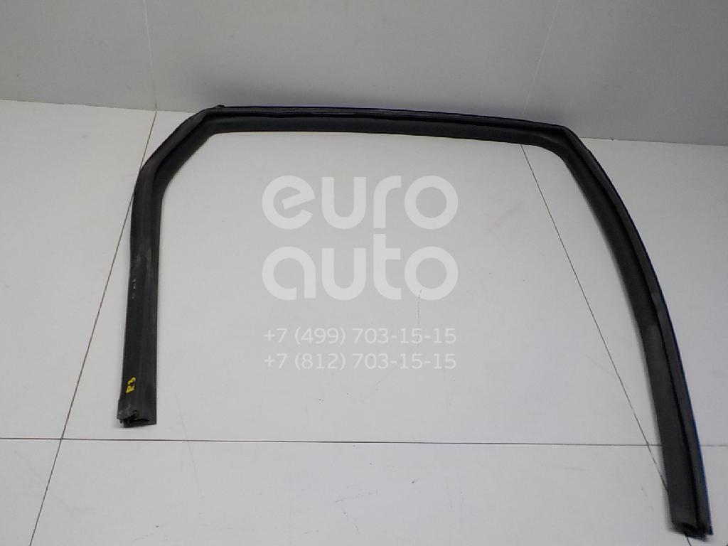 Купить Уплотнитель стекла двери Nissan Qashqai (J10) 2006-2014; (82330JD20A)