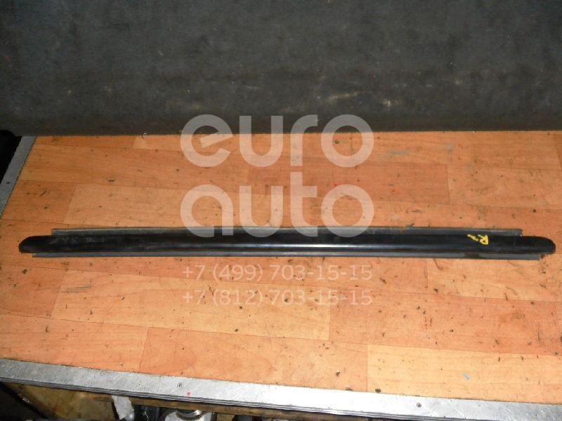 Купить Накладка стекла заднего правого Cadillac Escalade II 2000-2006; (15136068)