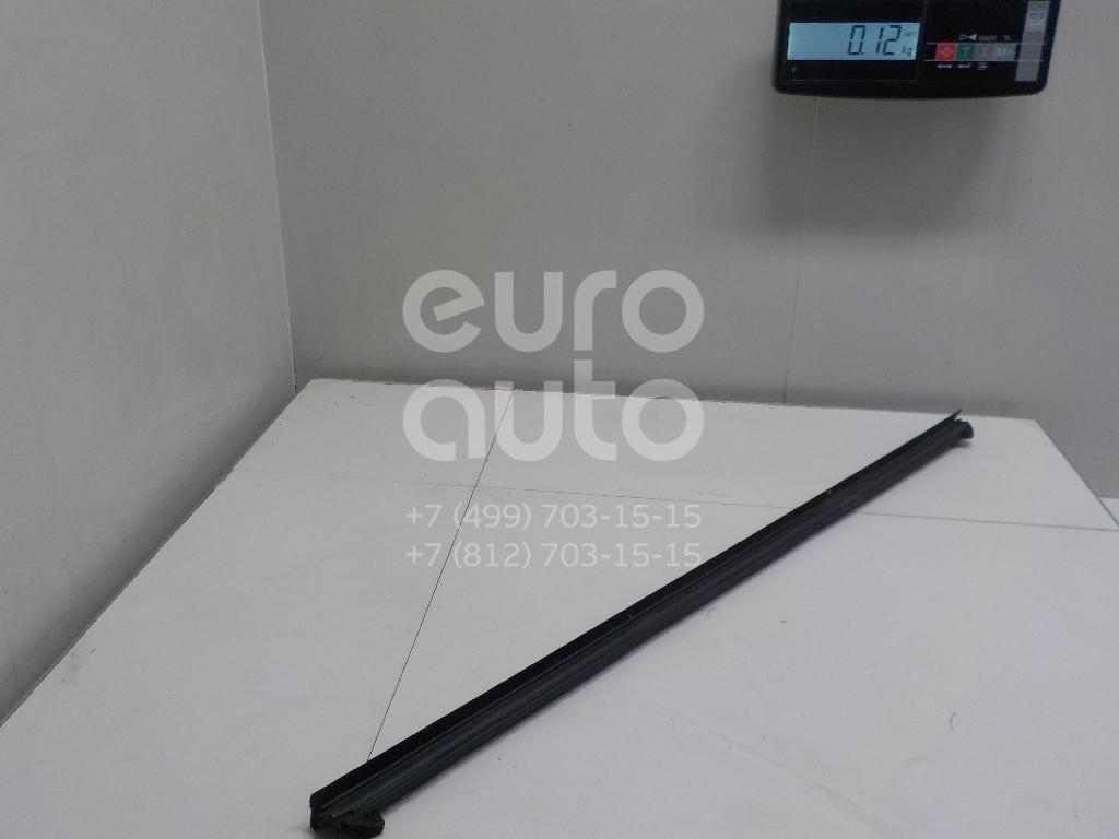 Купить Накладка стекла переднего правого Ford Fiesta 2008-; (1746917)