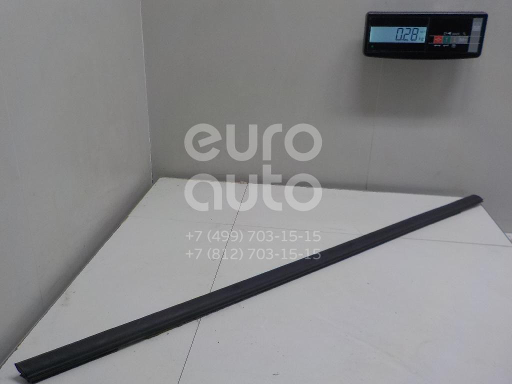 Купить Накладка стекла переднего правого Ford Fiesta 2008-; (1763367)